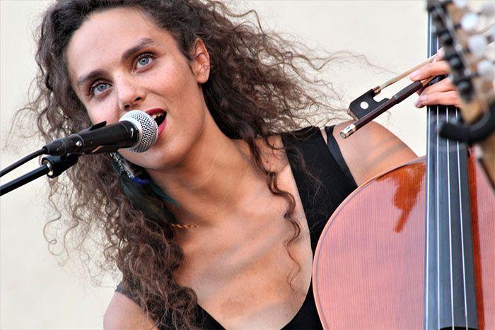 Lola Malique - Violoncelliste